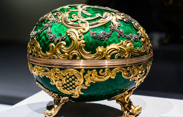 faberge-luxury-koket-love-happens